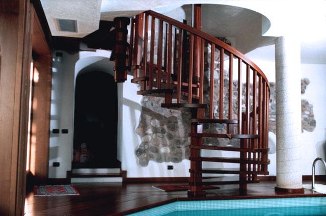Progettazione Scale A Chiocciola : Ferrari scale falegnameria verona scale per interni in legno