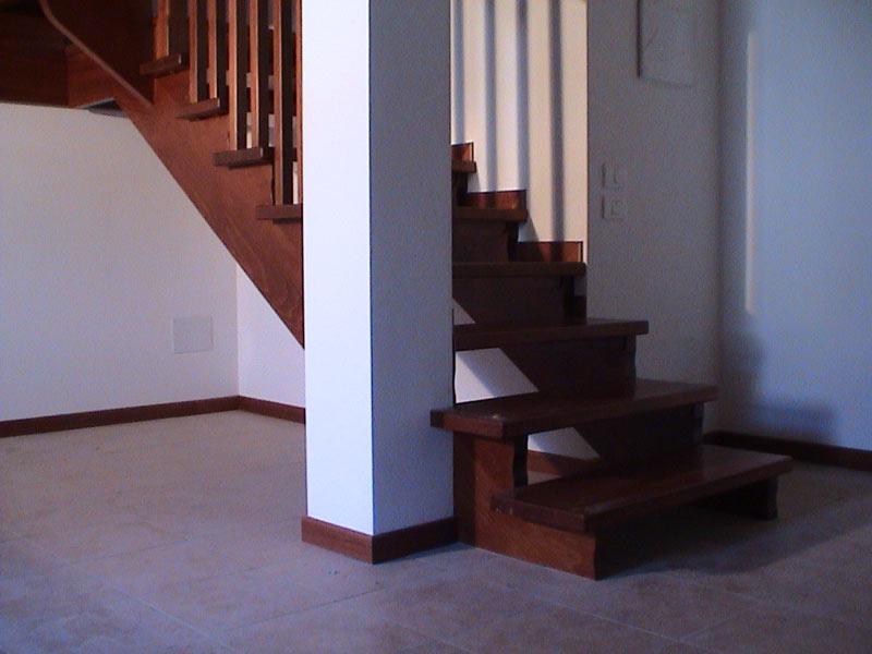 Ferrari scale falegnameria verona scale per interni - Costruire scale in legno ...