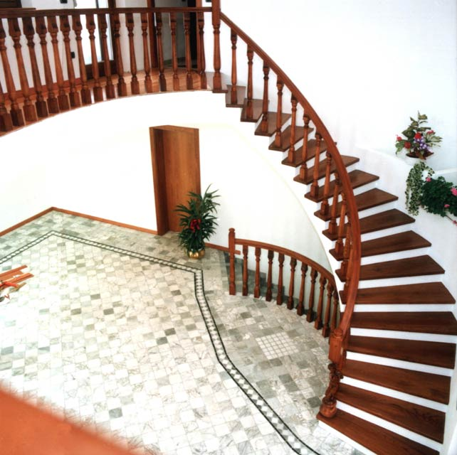 Amato FERRARI SCALE :: falegnameria Verona scale per interni in legno  NU43